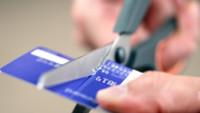 Taksitleri Devam Eden Kredi Kartı İptal Edilebilir mi? Kredi Kartı İptali Nasıl Yapılır?